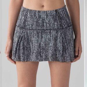 """Lululemon Lost In Pace Skirt (Regular) (13"""")"""